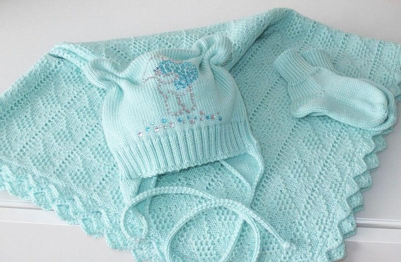 Вязаные вещи для младенцев